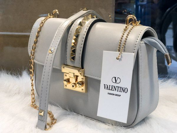 کیف دوشی مدل ولنتینو