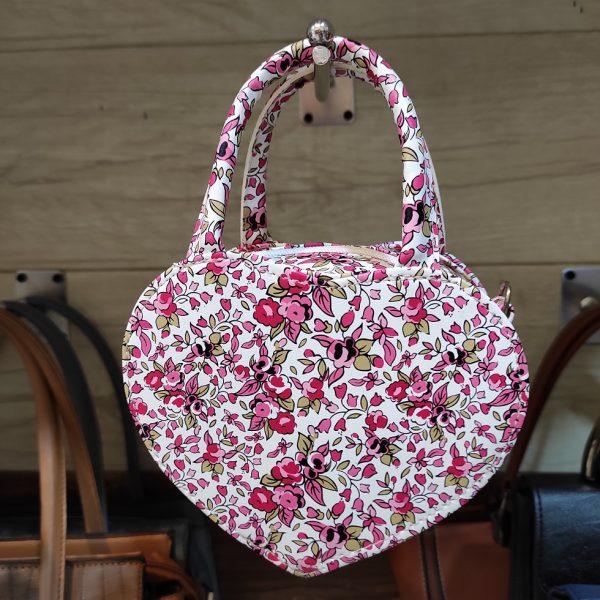 کیف دخترانه قلبی جذاب